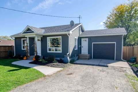 House for sale at 470 Queen St Wellington North Ontario - MLS: X4952740