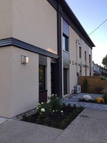 Townhouse for sale at 470 Sammon Ave Toronto Ontario - MLS: E4609064