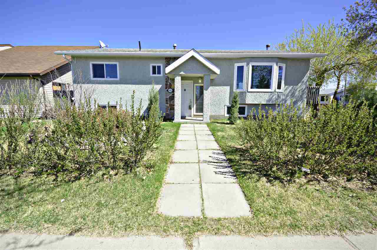 For Sale: 4701 46 Street, Bonnyville Town, AB   4 Bed, 2 Bath House for $263,000. See 30 photos!