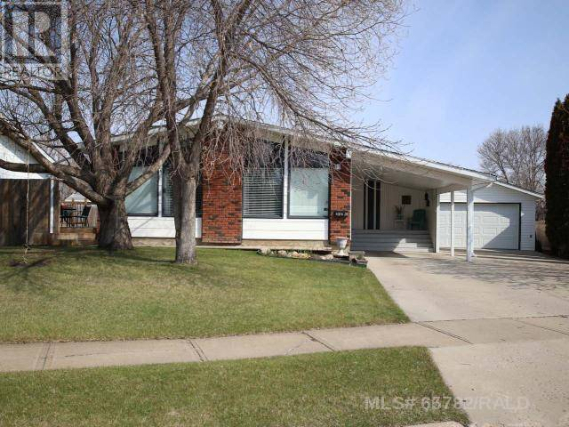House for sale at 4704 28th St Lloydminster East Saskatchewan - MLS: 65782