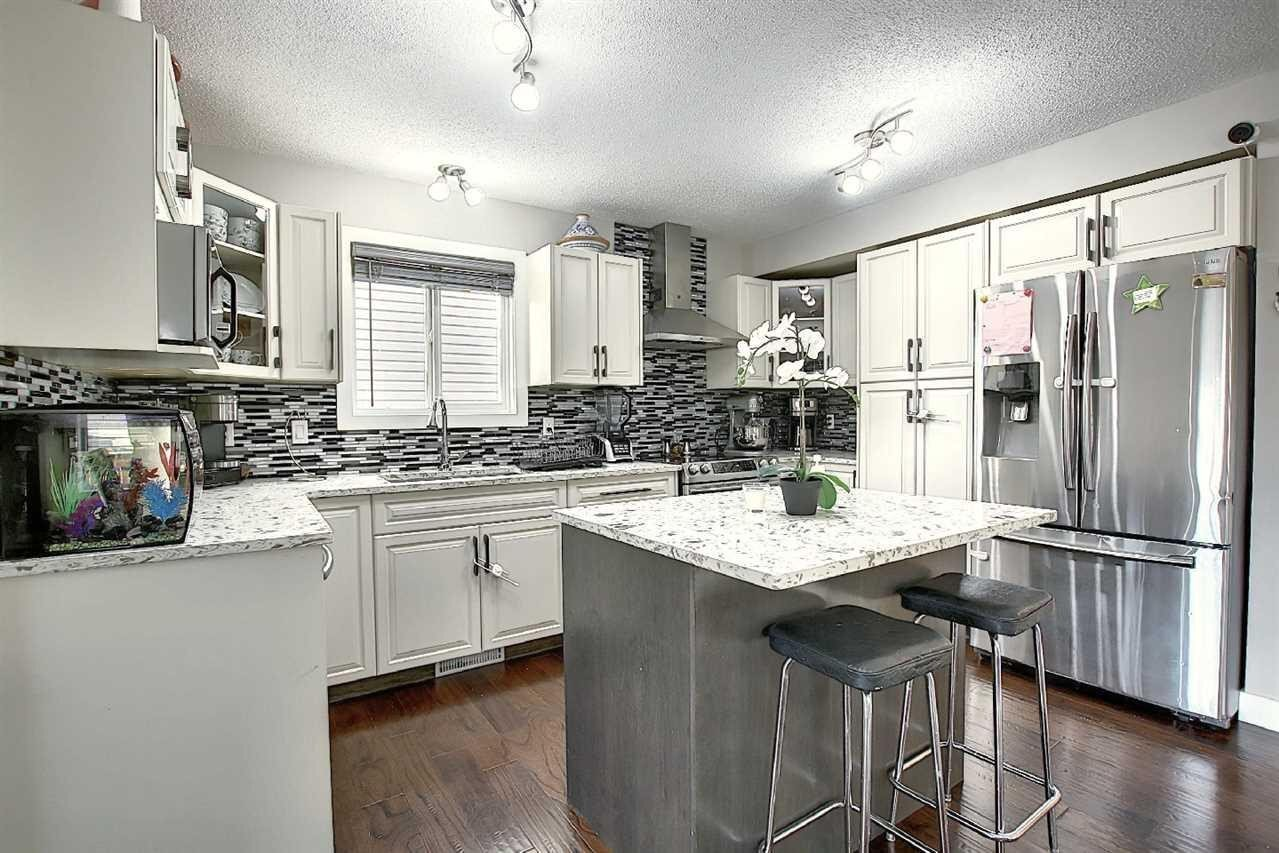 House for sale at 4707 160 Av NW Edmonton Alberta - MLS: E4223714