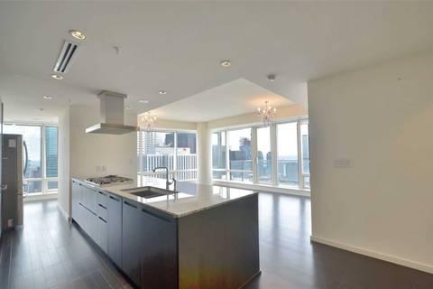Apartment for rent at 180 University Ave Unit 4709 Toronto Ontario - MLS: C4743232