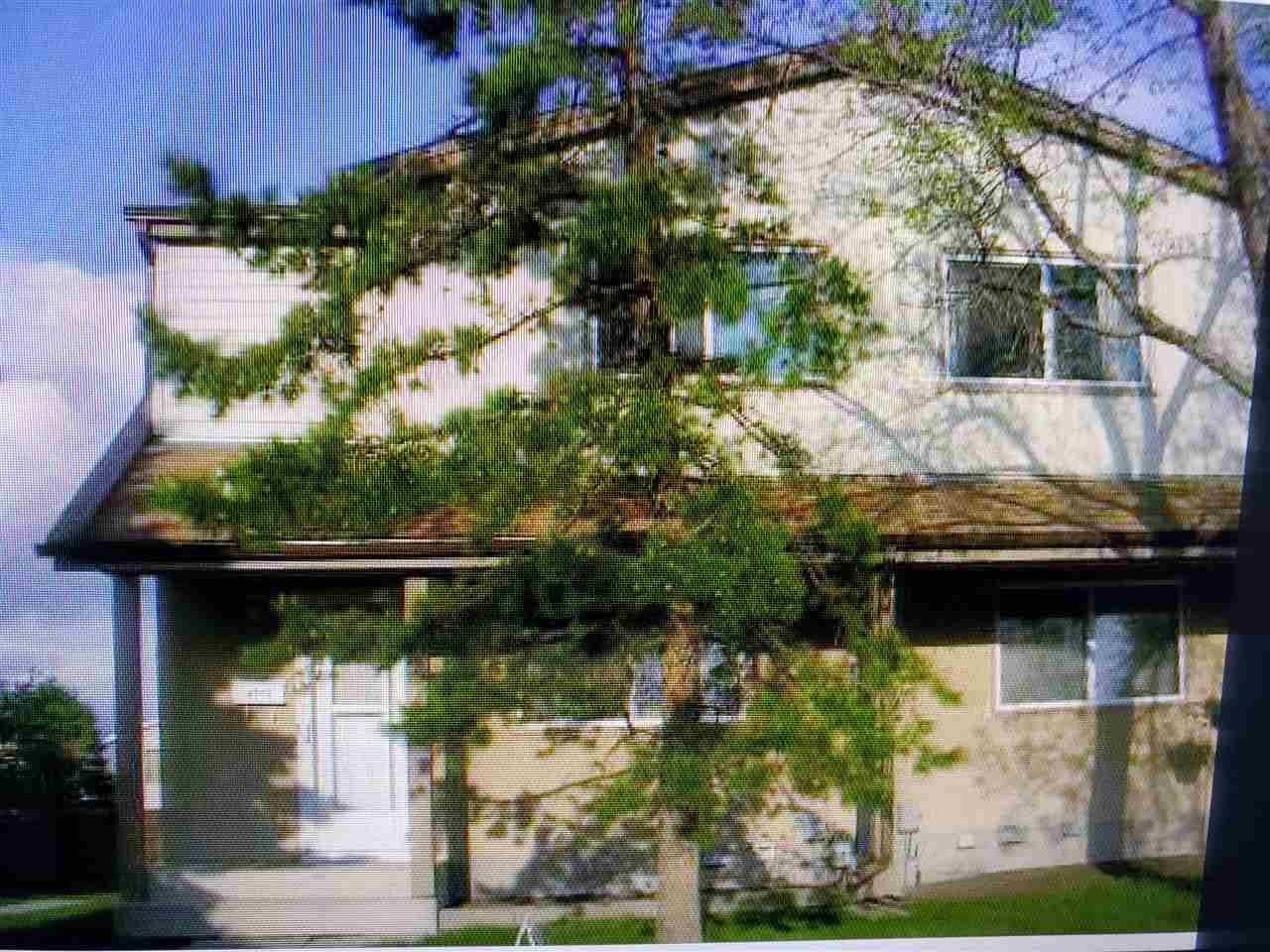 Townhouse for sale at 4711 35 Ave Nw Edmonton Alberta - MLS: E4180294