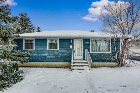 House for sale at 4711 69 St Northwest Calgary Alberta - MLS: C4285687