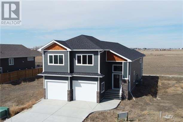 House for sale at 4713 40 Ave South Lethbridge Alberta - MLS: LD0188881