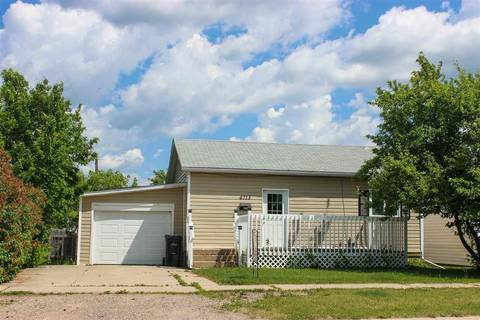 House for sale at 4713 48 St Cold Lake Alberta - MLS: E4151601