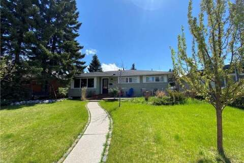 House for sale at 4716 Brockington Rd NW Calgary Alberta - MLS: C4297982