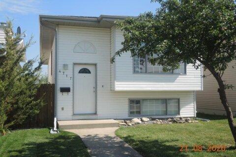 House for sale at 4717 44 St Sylvan Lake Alberta - MLS: A1026197
