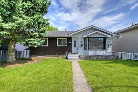 House for sale at 4728 Nipawin Cres Northwest Calgary Alberta - MLS: C4303353