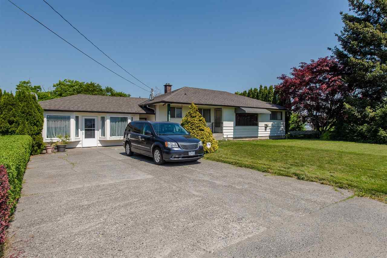 For Sale: 47285 Chilliwack Central Road, Chilliwack, BC | 4 Bed, 3 Bath House for $1,100,000. See 20 photos!