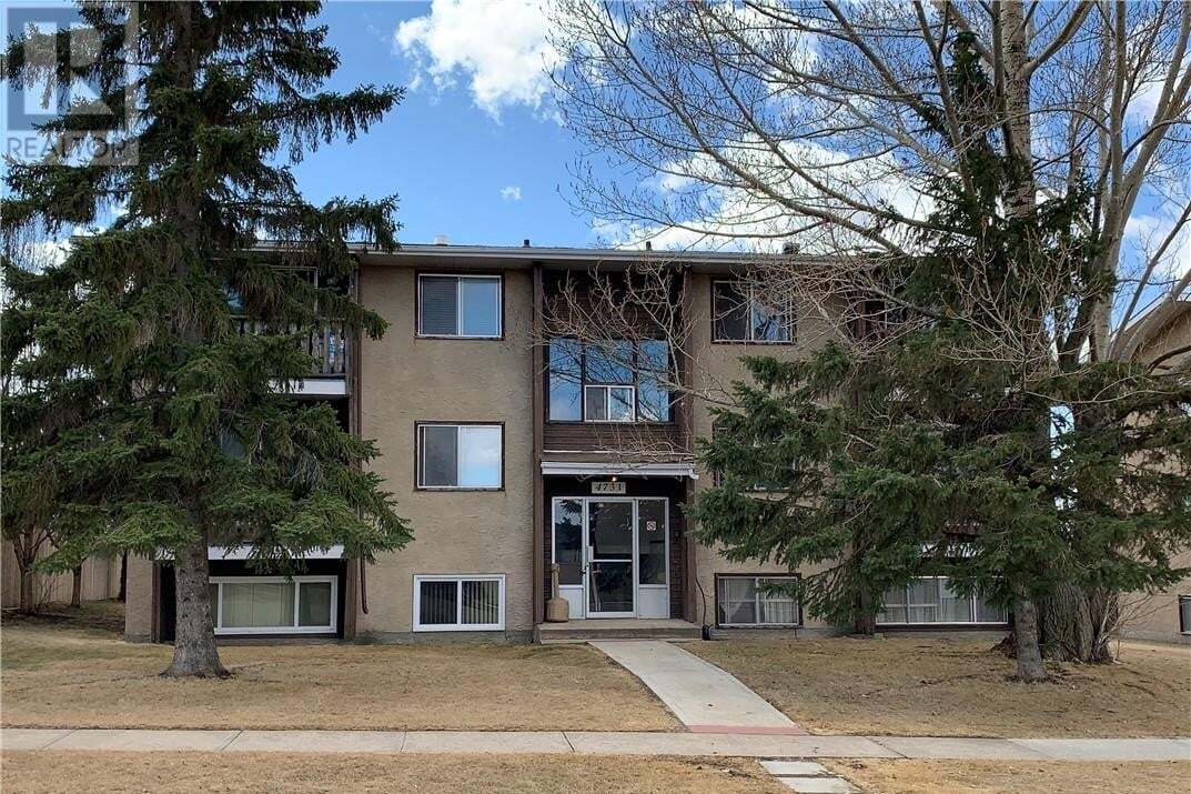 Townhouse for sale at 4731 52 Ave Bentley Alberta - MLS: ca0192560