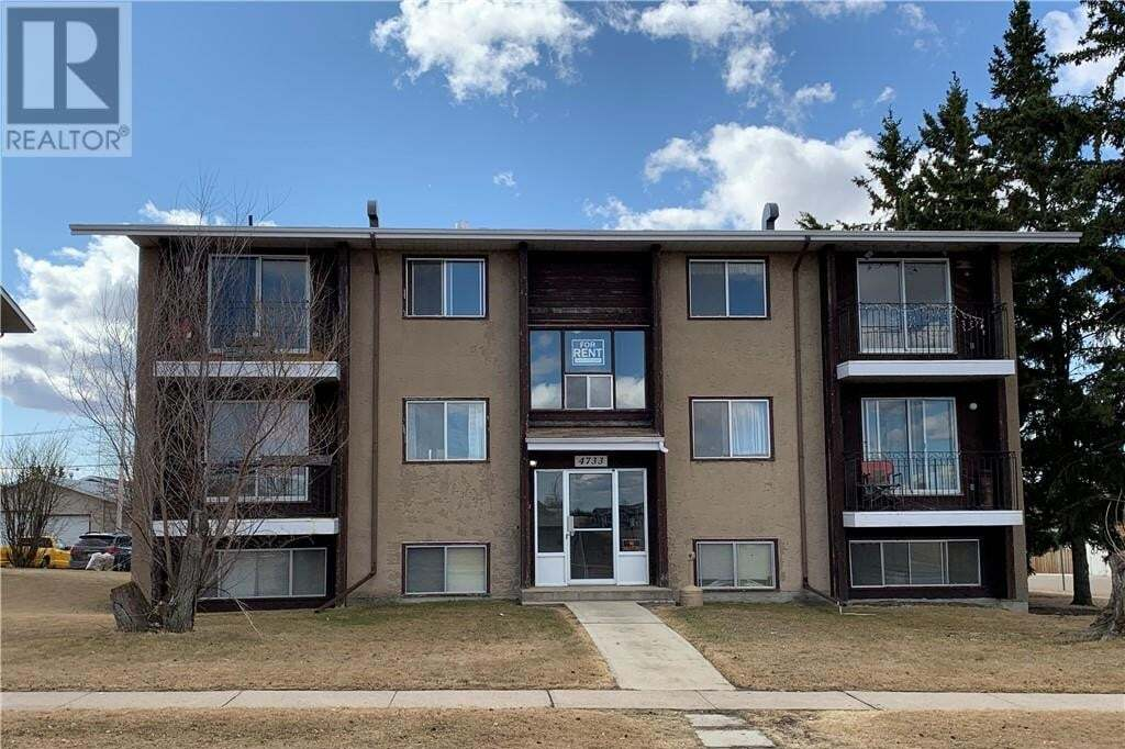 Townhouse for sale at 4733 52 Ave Bentley Alberta - MLS: ca0192568