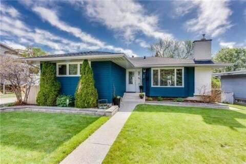 House for sale at 4736 Nordegg Cres Northwest Calgary Alberta - MLS: C4297217