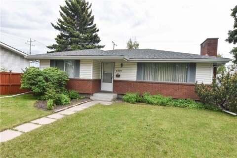 House for sale at 4739 Memorial Dr SE Calgary Alberta - MLS: C4275316