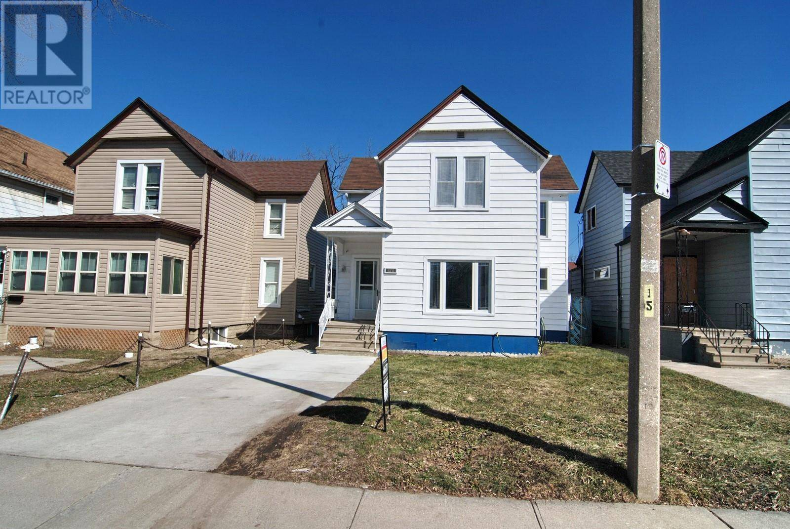 House for sale at 474 Caron Ave Windsor Ontario - MLS: 20004791