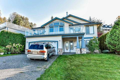 House for sale at 47461 Chartwell Dr Chilliwack British Columbia - MLS: R2338447