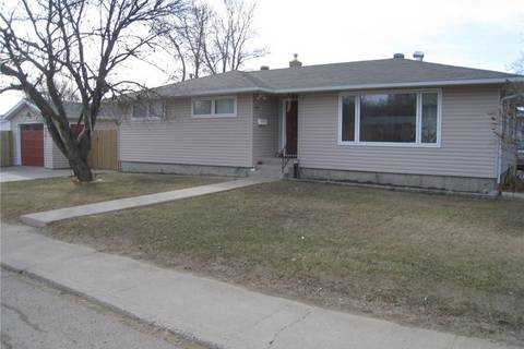 House for sale at 475 6th Ave NW Swift Current Saskatchewan - MLS: SK771781