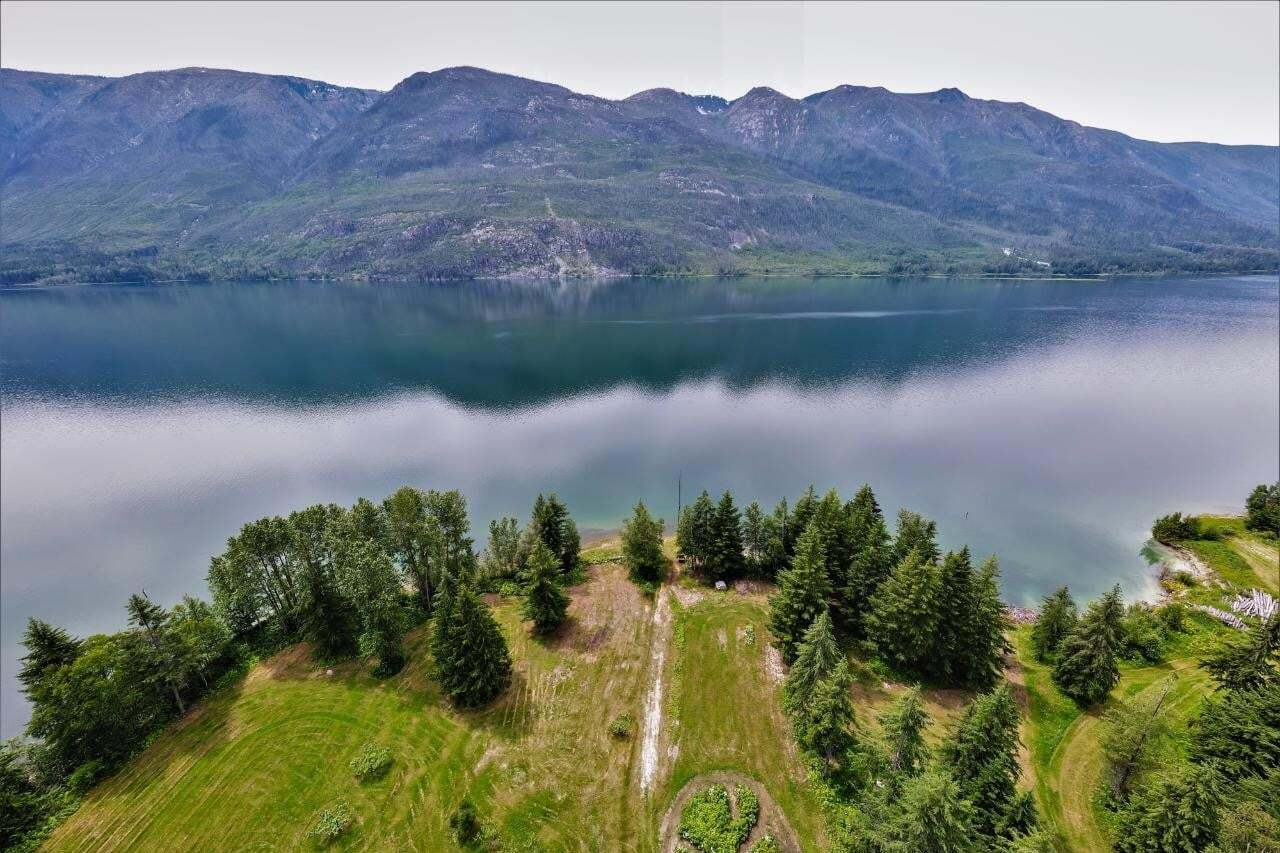 House for sale at 4750 Highway 6    W  Nakusp British Columbia - MLS: 2451933
