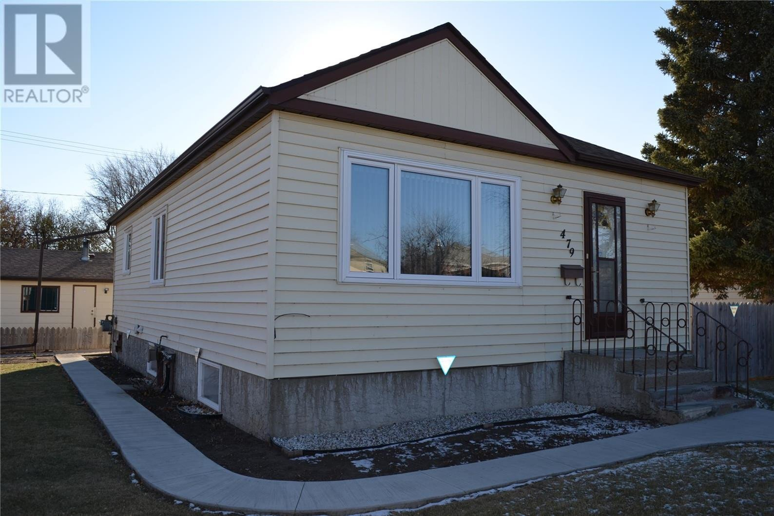 House for sale at 479 9th St E Prince Albert Saskatchewan - MLS: SK831465