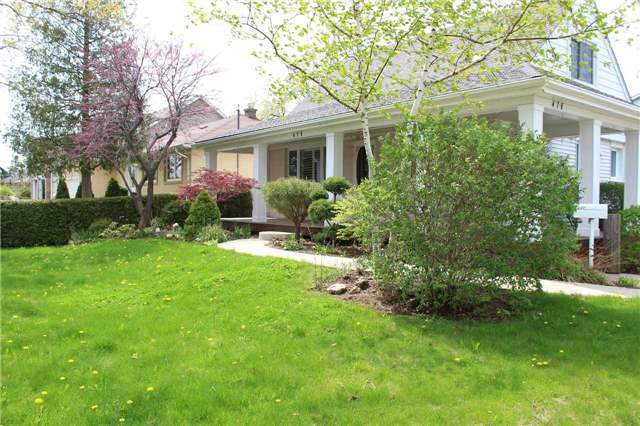 For Sale: 479 Brookside Drive, Oakville, ON | 3 Bed, 2 Bath House for $1,029,999. See 6 photos!