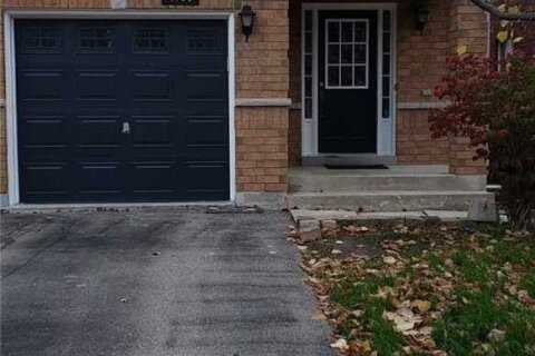 Townhouse for rent at 4798 Dovehouse Dr Mississauga Ontario - MLS: W4967560