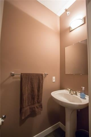For Sale: 402 - 1828 14 Street Southwest, Calgary, AB | 1 Bed, 2 Bath Condo for $338,000. See 17 photos!