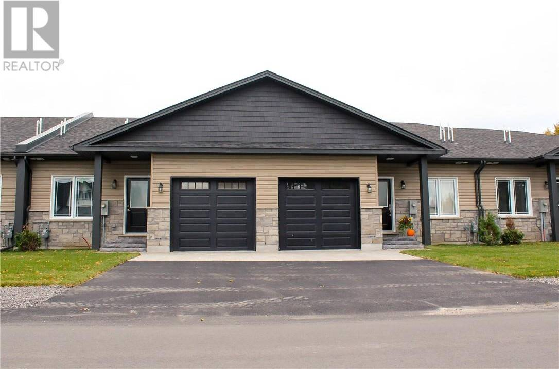 Townhouse for sale at 48 Bay St Sturgeon Falls Ontario - MLS: 2060417