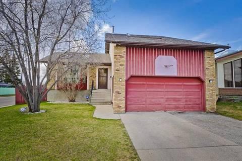 House for sale at 48 Castleglen Ct Northeast Calgary Alberta - MLS: C4242170