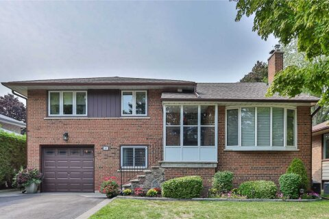 House for sale at 48 Cathedral Bluffs Dr Toronto Ontario - MLS: E4931180