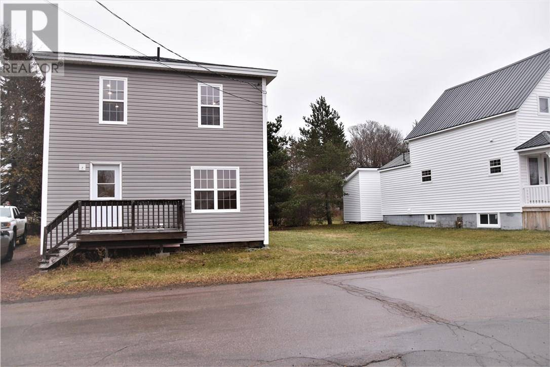 House for sale at 48 Comeau  Shediac New Brunswick - MLS: M126645