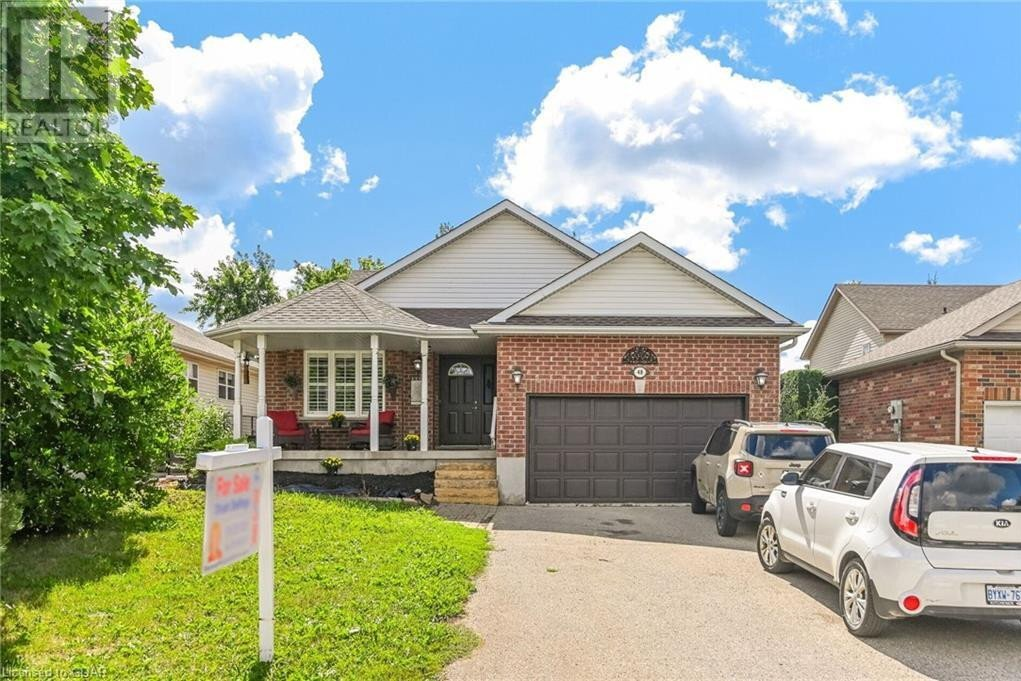 House for sale at 48 Dickinson Ct Elora Ontario - MLS: 30820229