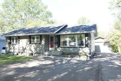 House for sale at 48 Dunning Cres Regina Saskatchewan - MLS: SK812812