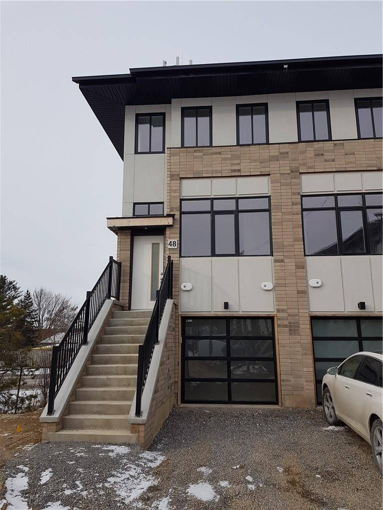 Townhouse for rent at 48 Markle Cres Ancaster Ontario - MLS: H4070186