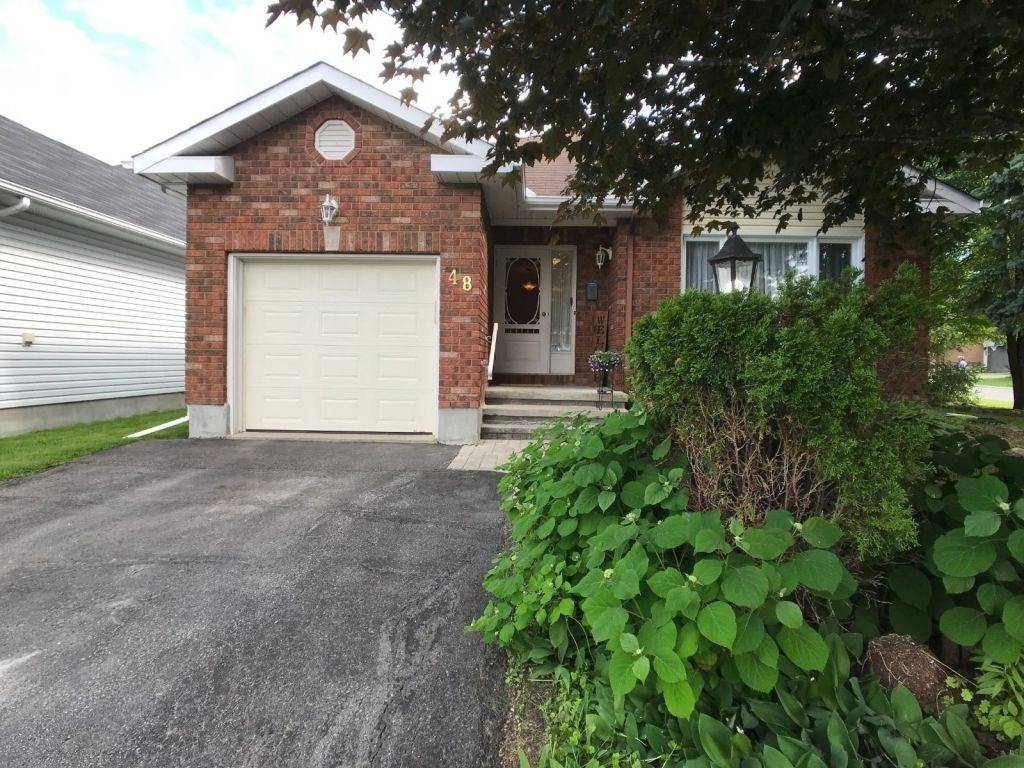 House for sale at 48 Newborough Cres Ottawa Ontario - MLS: 1158443