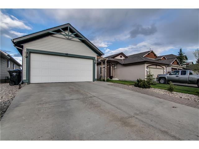 Sold: 48 Somerglen Heath Southwest, Calgary, AB