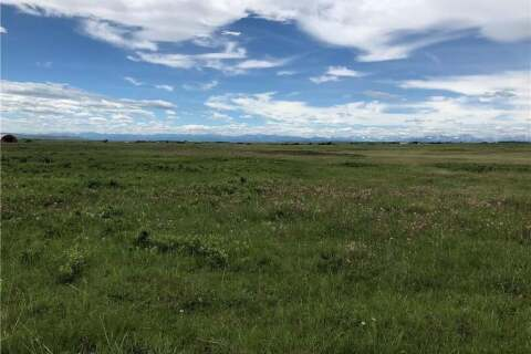 Home for sale at  48 St Rural Foothills County Alberta - MLS: C4303341