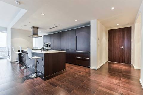 Apartment for rent at 180 University Ave Unit 4801 Toronto Ontario - MLS: C4640603