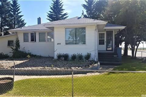 House for sale at 4801 Leader St Macklin Saskatchewan - MLS: SK778903