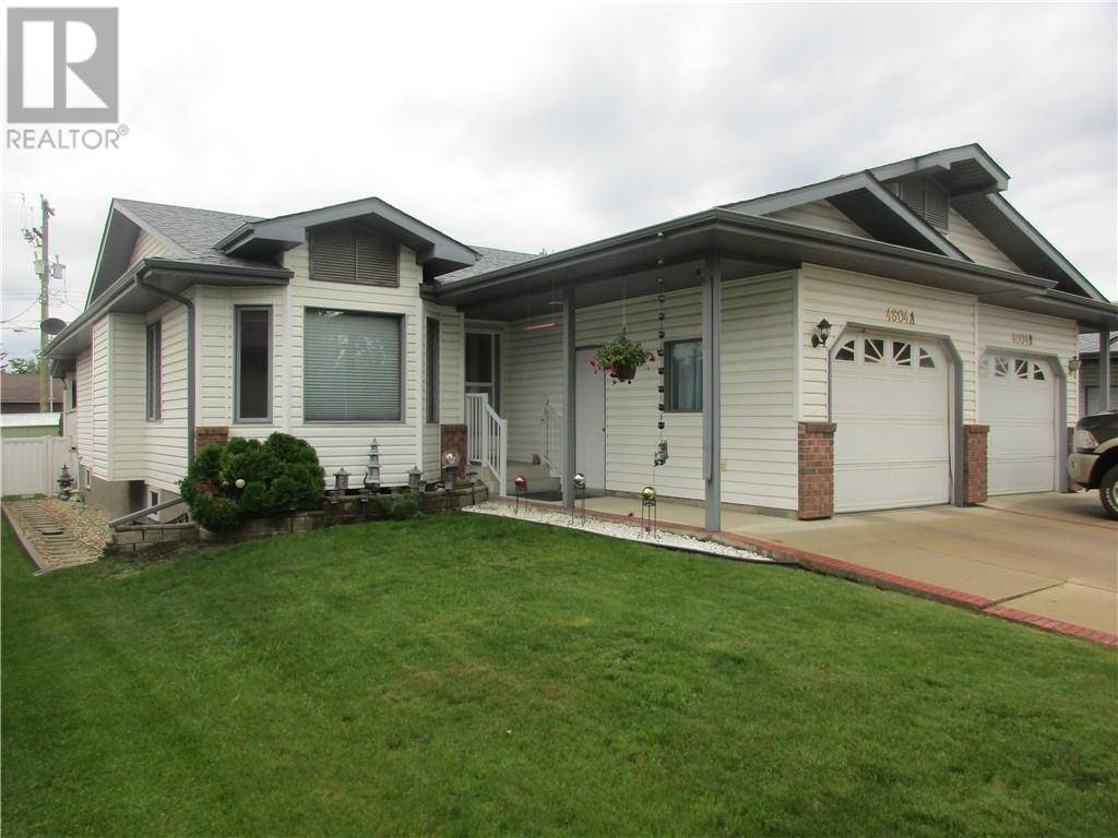 Townhouse for sale at 4804 49 St Stettler Alberta - MLS: ca0172135