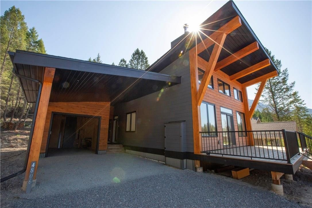 House for sale at 4806 Mountain View Drive  Fairmont Hot Springs British Columbia - MLS: 2436833
