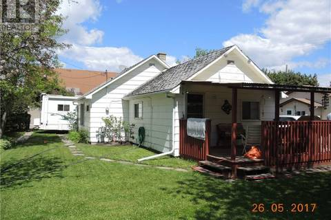 House for sale at 4811 48 Ave Sylvan Lake Alberta - MLS: ca0161073