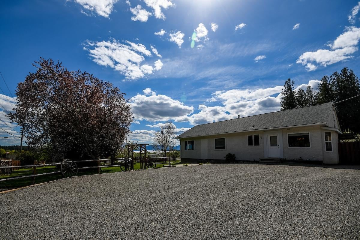 House for sale at 4811 Canyon Lister Road  Creston British Columbia - MLS: 2451861