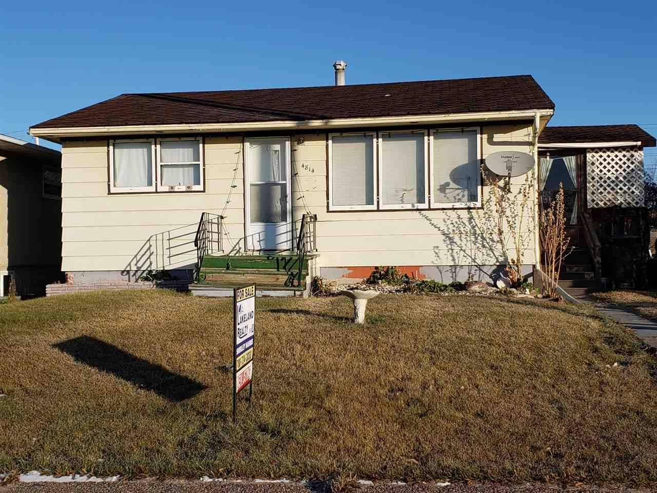 House for sale at 4814 51 Ave Elk Point Alberta - MLS: E4178564