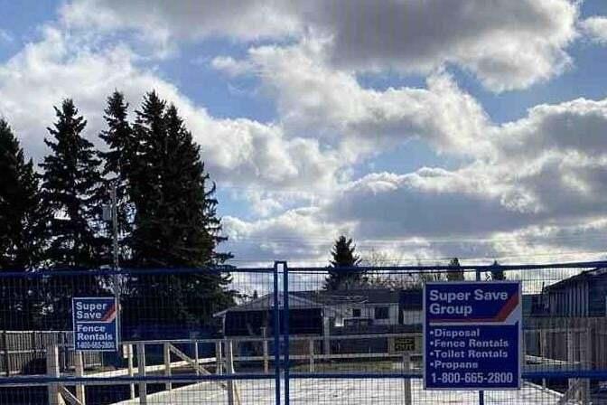 Residential property for sale at 4817 50 Av Cold Lake Alberta - MLS: E4218343
