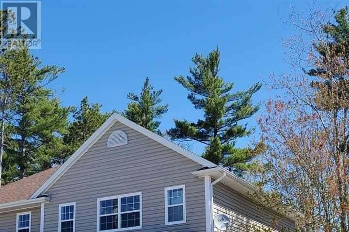 House for sale at 482 Glen Allan Dr Bridgewater Nova Scotia - MLS: 202008442
