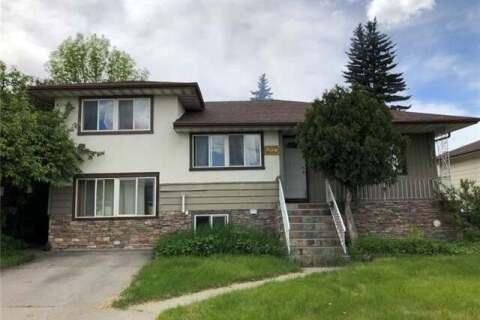 House for sale at 4827 1 St Northeast Calgary Alberta - MLS: C4301432