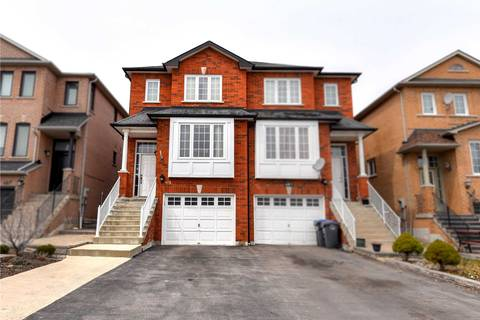 Townhouse for sale at 483 Wildgrass Rd Mississauga Ontario - MLS: W4411999