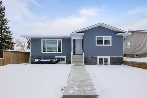 House for sale at 4831 34 Ave Northeast Calgary Alberta - MLS: C4279408