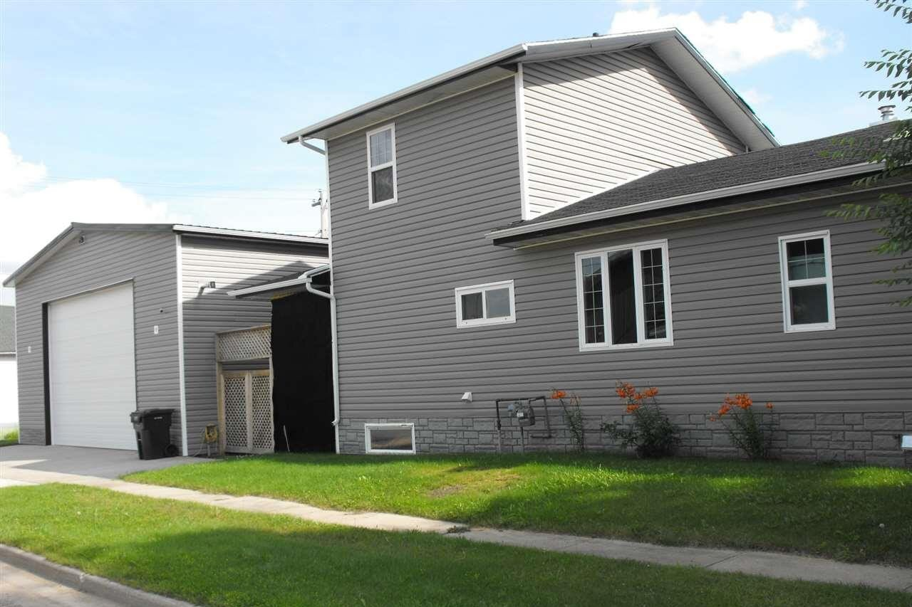 House for sale at 4833 52 St Elk Point Alberta - MLS: E4181048