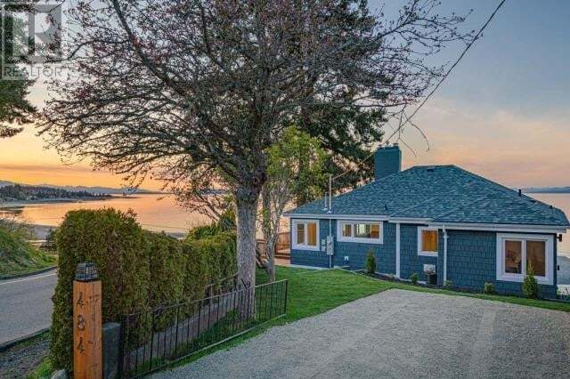 House for sale at 484 Bay St Qualicum Beach British Columbia - MLS: 468051